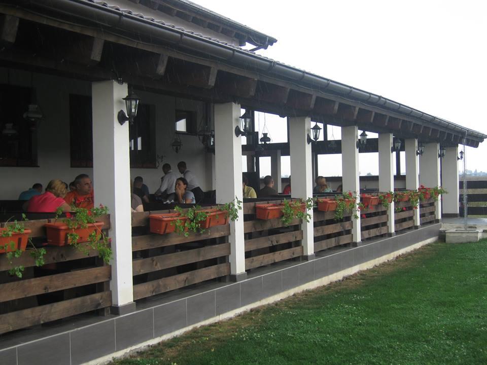 Cină în doi la Taverna Sârbului Timișoara