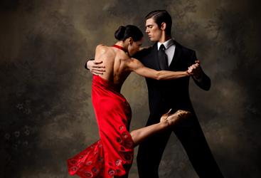 Socializează în pași de dans !