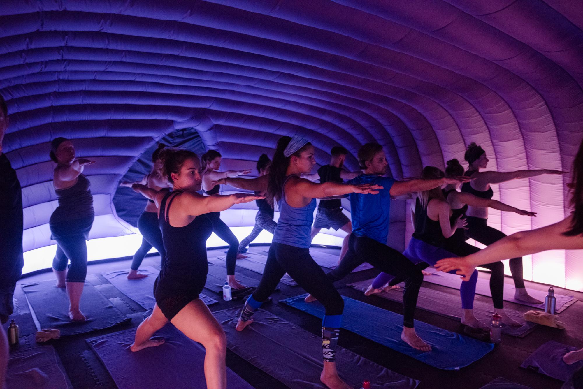 Hotpod Yoga pentru trup si suflet!