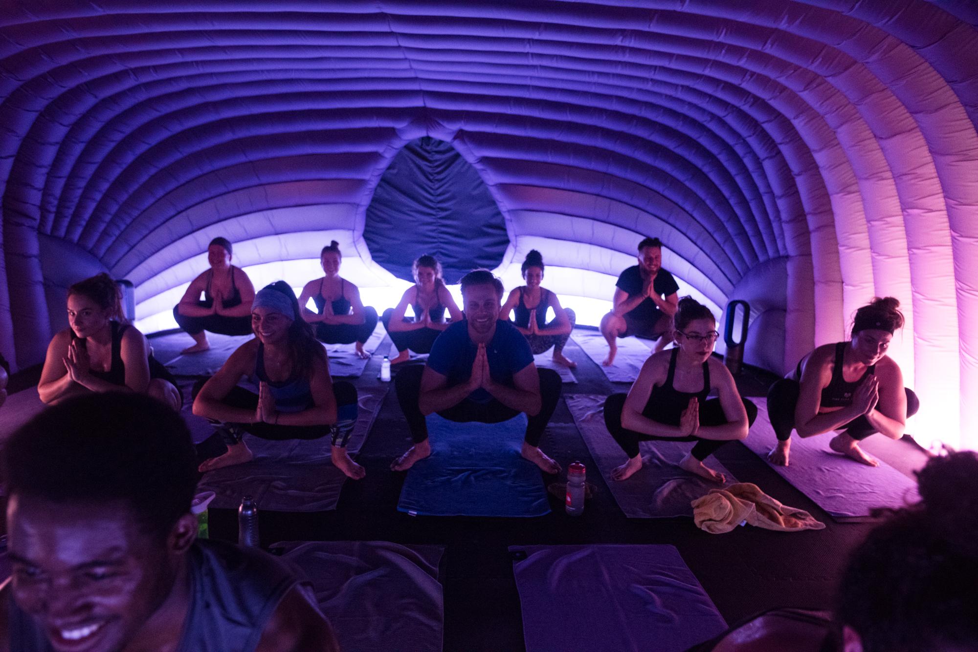 Relaxare la Hotpod Yoga